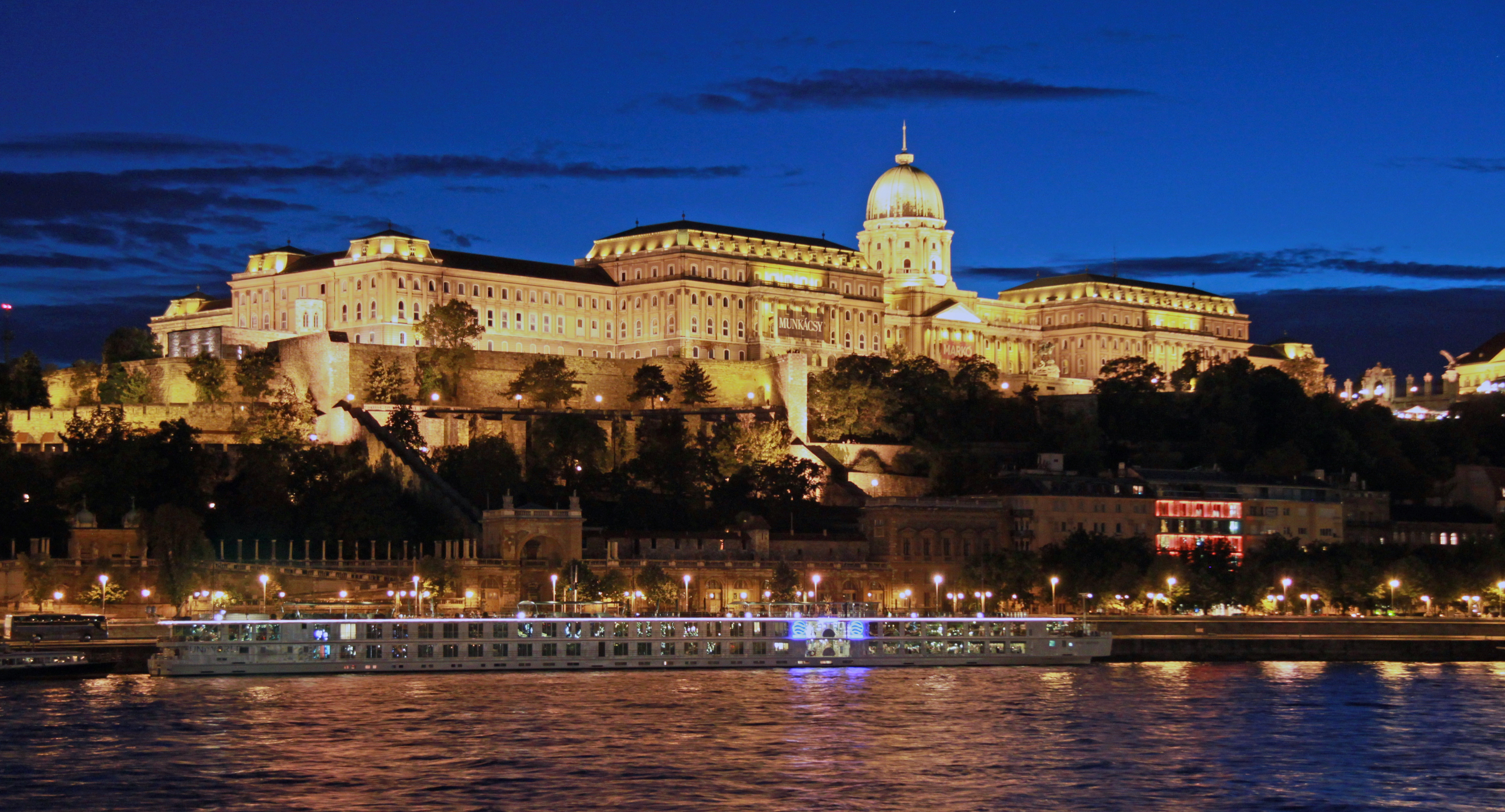 The capital of Hungary, Budapest. History of Hungary, flag, cities 18