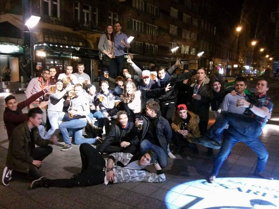 budapest pub crawl 3