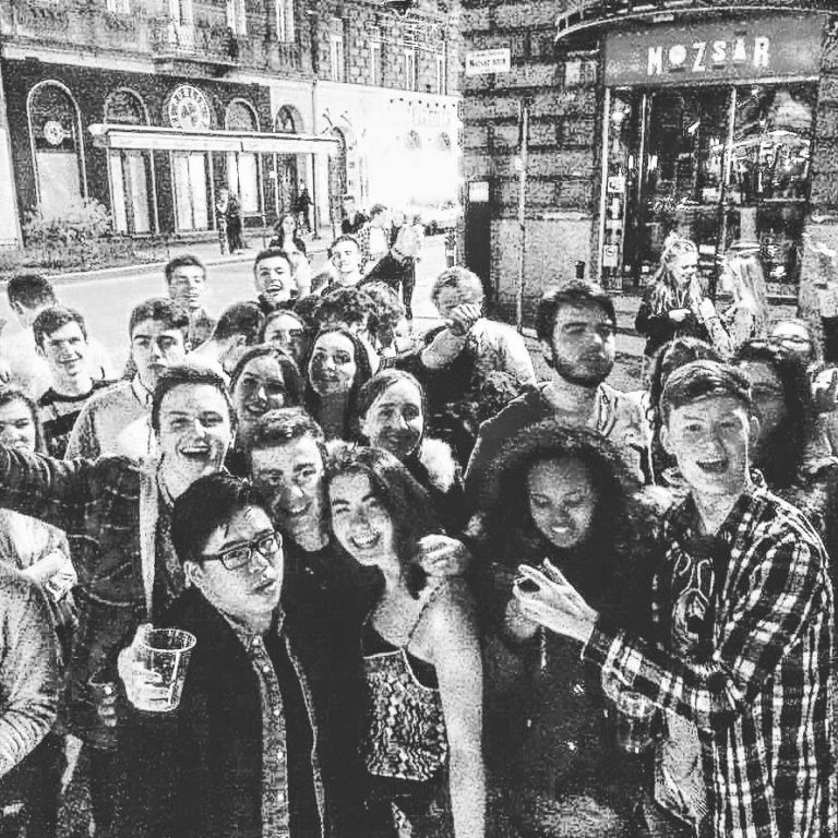 budapest pub crawl 5