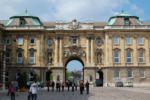 budapest castle on free tour - Copy